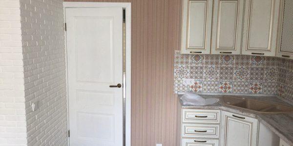 Ремонт квартиры по ул. Владимира Невского — установка межкомнатных дверей
